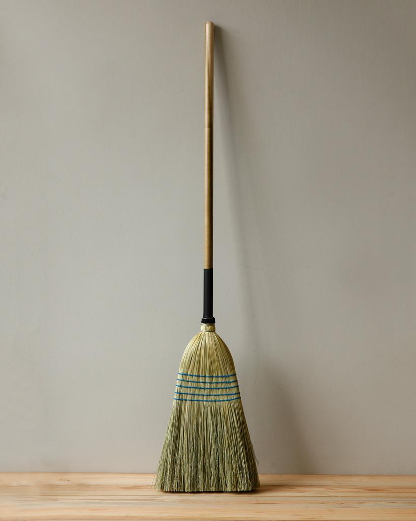 Large-Broom--Light_5486-FINAL-Credit-Jason-Varney_1024x1024